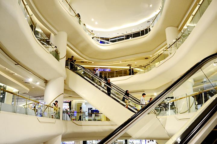 Escaleras mecánicas Silom Complex Bangkok
