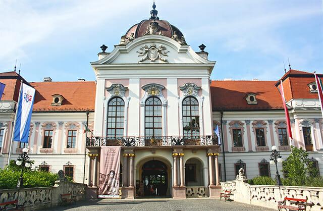 Palacio Real de Godollo fachada