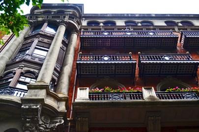 Balcones modernistas Gran Via de Don Diego Lopez de Haro