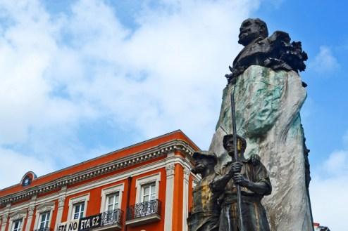 Escultura Victor Chavarri Portugalete Bizkaia