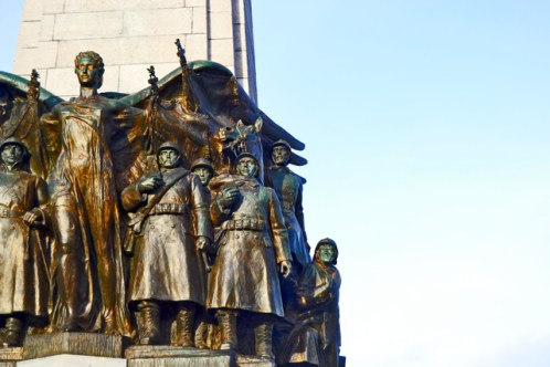 Homenaje soldados caídos guerra Rue de la Regence Bruselas