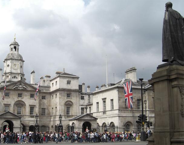 Vistas Horse Guards público turistas Londres
