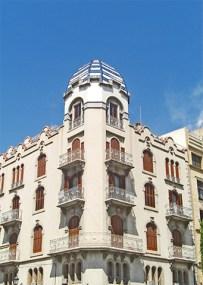 Impresionant Casa Palau al centre historic
