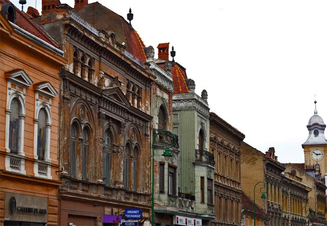 Construcciones barrocas calle Brasov Rumanía