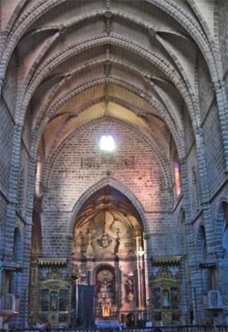 Interior Iglesia San Francisco Évora