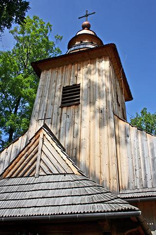 Fachada iglesia madera Zakopane Polonia