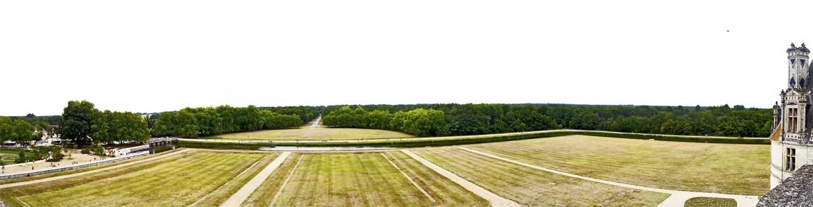 Panorámica jardines delanteros coto caza castillo Chambord