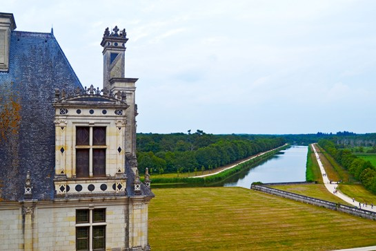 Río Cosson ventana torre castillo Chambord Francia