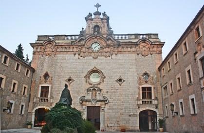 Fachada Santuario Monasterio de Lluc i Escorca Mallorca