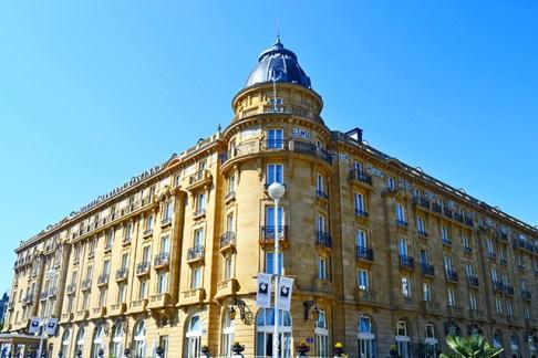 Torre fachada Hotel Maria Cristina 5 estrellas celebrities San Sebastián Donostia