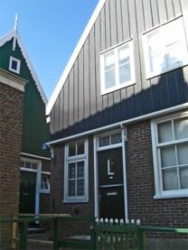 Fachada vivienda madera Marken Holanda