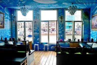 Habitación cielo coffee shop museo marihuana Amsterdam