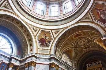 Cúpula y frescos Basílica Esztergom Hungría