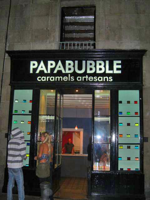 Fachada tienda Papabubble caramelos artesanos calle Ample Barcelona
