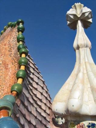 Coronas terminaciones conchas Modernismo Gaudí Casa Batlló Barcelona