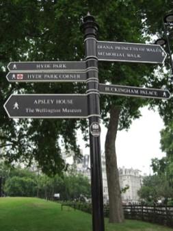 Señales indicaciones Regents Park Londres