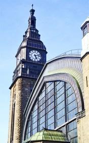 Reisende drangten sich am Hauptbahnhof