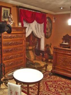 Salón interior decoración noble clásica barroca Casa Museo Benlliure Valencia