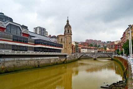 Panorámica iglesia San Antón Mercado La Ribera Bilbao