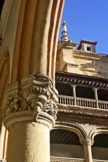 Decoración capitel Real Monasterio San Jerónimo Granada