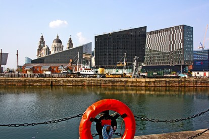 Flotador panorámica Museo de Liverpool muelles Albert Dock