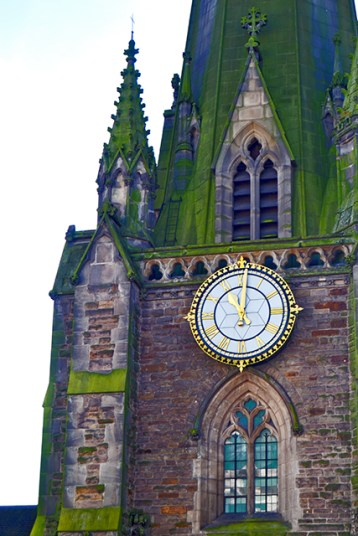Torre reloj musgo St Martin in the Bull Ring Birmingham