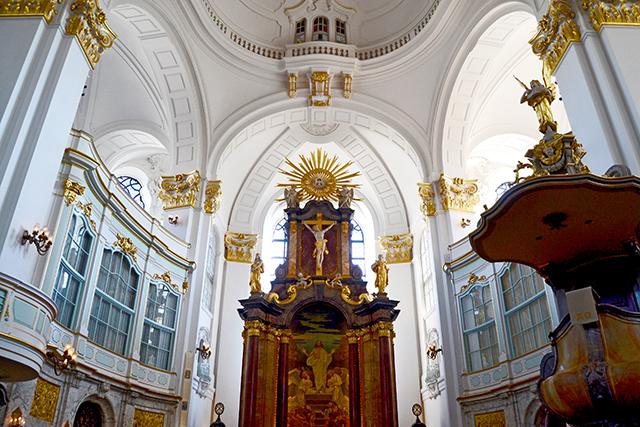 Decoración altar mayor Iglesia San Miguel Hamburgo