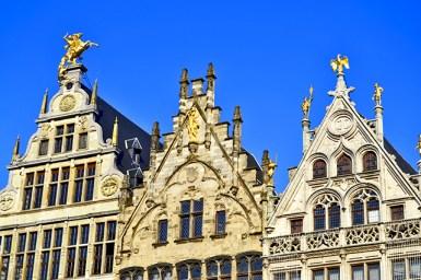Fachada casas corporaciones Plaza Mayor Amberes Bélgica
