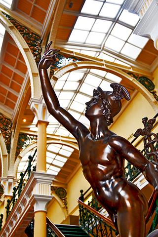 Escultura estilo Victoriano cafetería clásica Birmingham