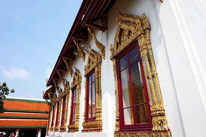 Ventanas doradas Palacio Real Bangkok Tailandia