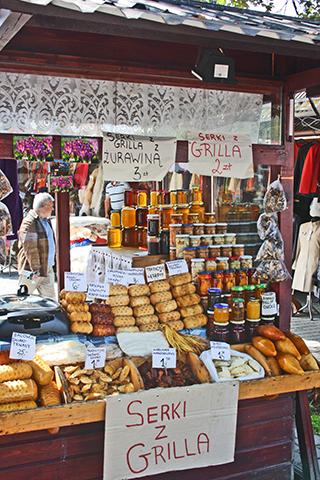 Degustación quesos típicos ahumados Zakopane Polonia