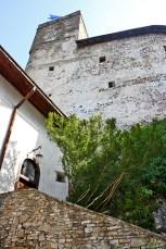 Interior muros patio castillo Dunajec Polonia