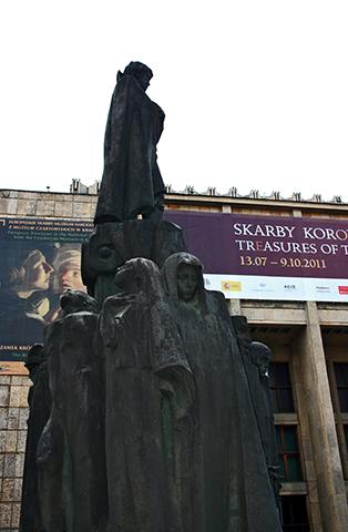Esculturas estatuas Museo Nacional de Cracovia