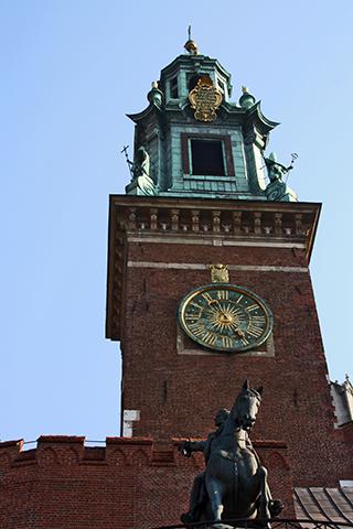 Torre reloj estatua caballo Catedral Cracovia