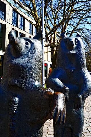 Esculturas osos plaza Palacio Oldenburg