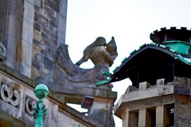 Detalle esculturas ornamentos verdes barrocos ayuntamiento Hamburgo