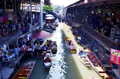 Panorámica Mercado flotante Damnoen Saduak Tailandia