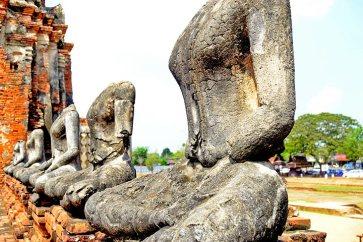 Posiciones estatuas buda sentado reino Ayutthaya Tailandia