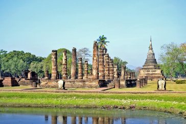 Ruinas y templos Parque histórico de Sukhothai