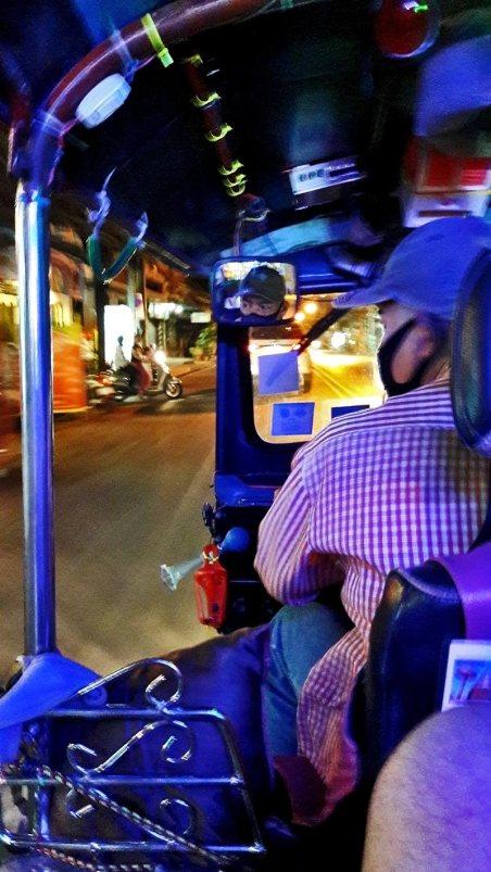 Tuk tuk Chiang Mai noche