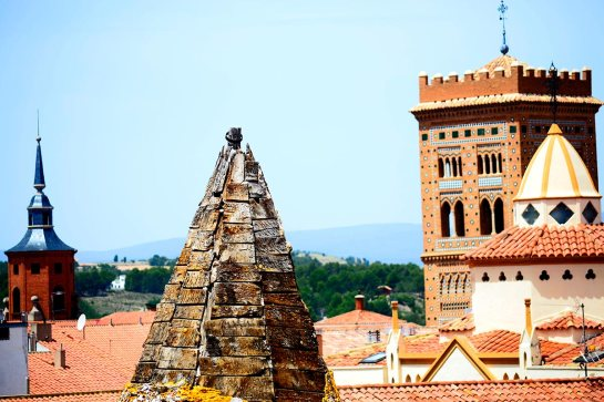 Tejados ladrillo rojo torre mudéjar torres iglesia Teruel