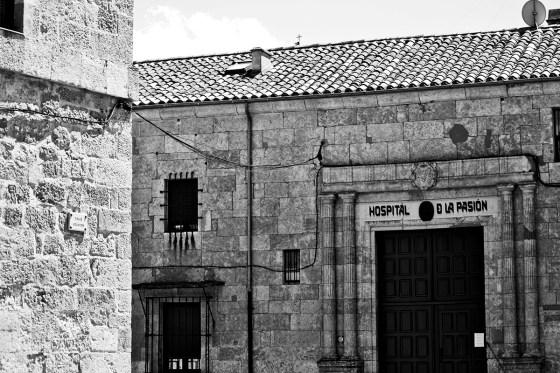 Fachada residencia económica Hospital de la pasión Ciudad Rodrigo Salamanca