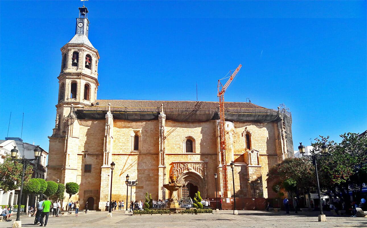 Fachada Parroquia Nuestra Señora de la Asunción Valdepeñas Castilla La Mancha