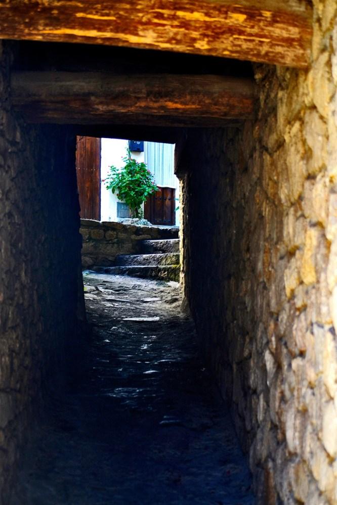 Rincón escondite calle viviendas Mogarraz Salamanca
