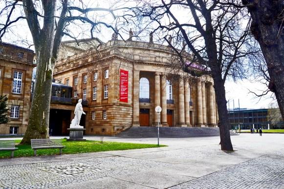 Fachada Wurttembergisches Staatstheater Schlossplatz Stuttgart