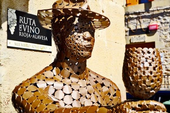 Escultura copa ruta vino Rioja Alavesa Elciego