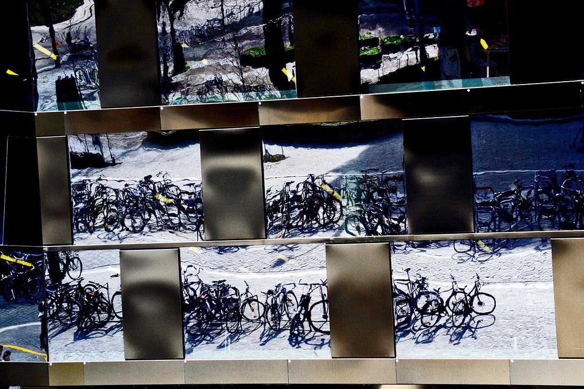 Reflejos bicicletas Biblioteca Universidad Friburgo