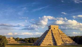 GettyImages-142527307. Pirámide o Castillo de Kukulkán