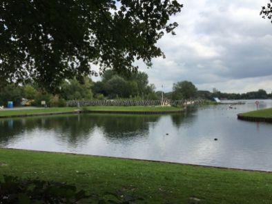 lago junto al cámping Gante, Bélgica