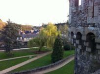 agradable parque entre murallas y barrio antiguo